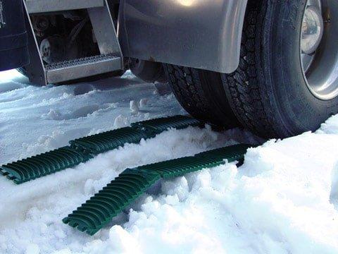 GoTreads Under Semi Tires